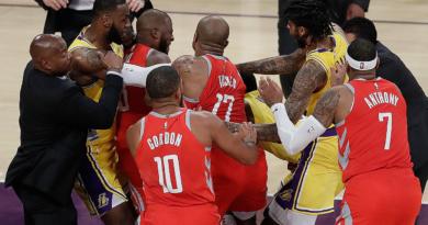 Lakers Rockets rissa